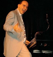 fabrice et son piano fou